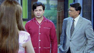 Dui Prithibi (2015) - Trailer