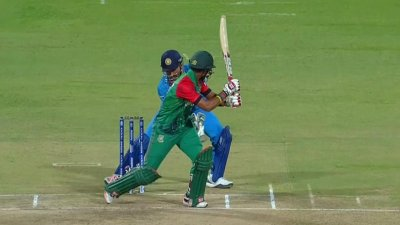 Dhonis Quick Thinking Catch Sabbir Short - IND vs BAN
